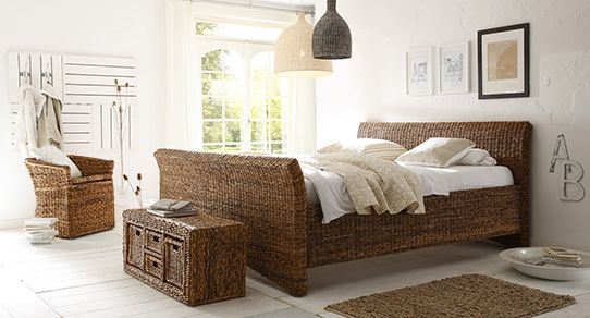 bananenblatt m bel aus bananengeflecht massivum. Black Bedroom Furniture Sets. Home Design Ideas